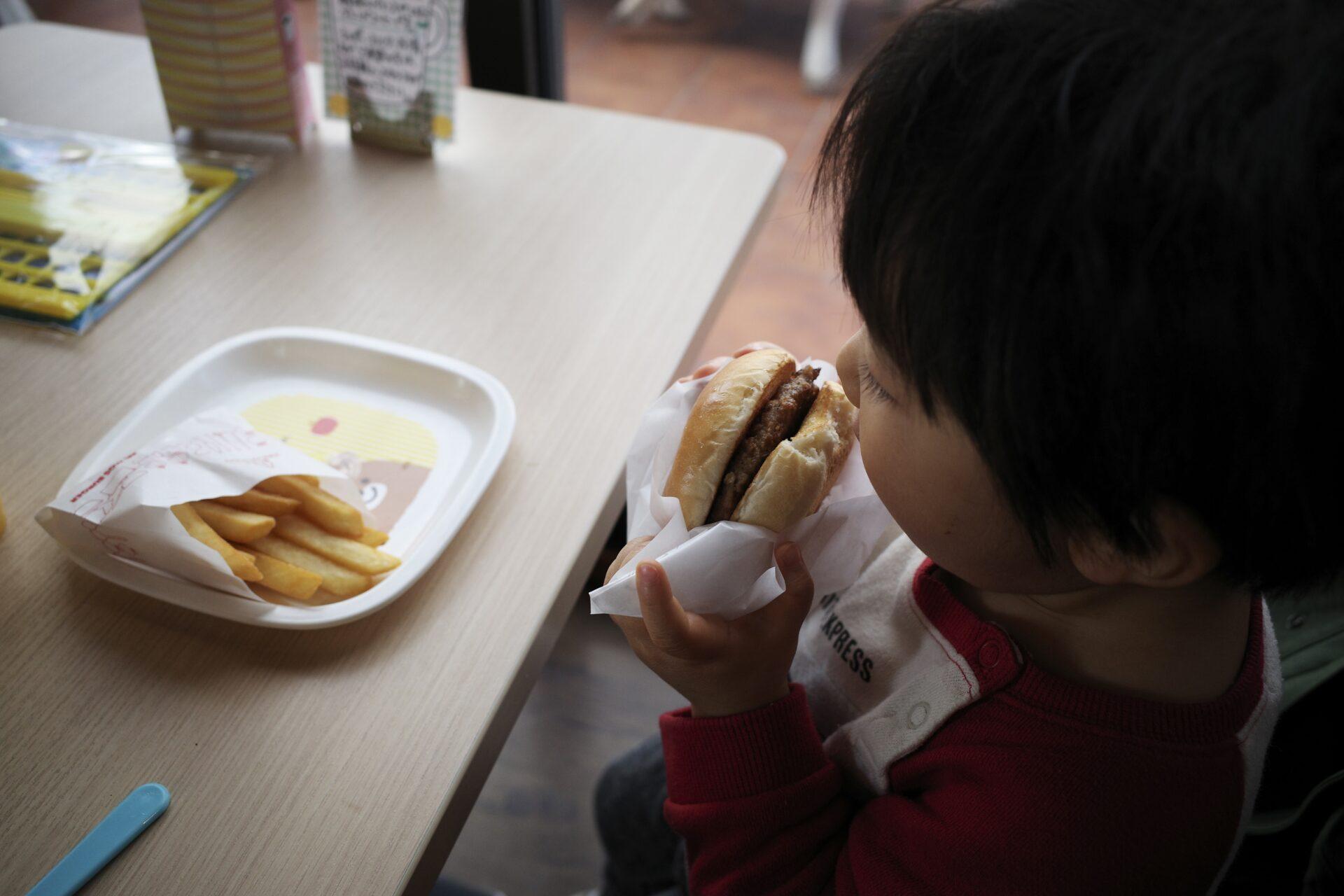 息子、ハンバーガー記念日